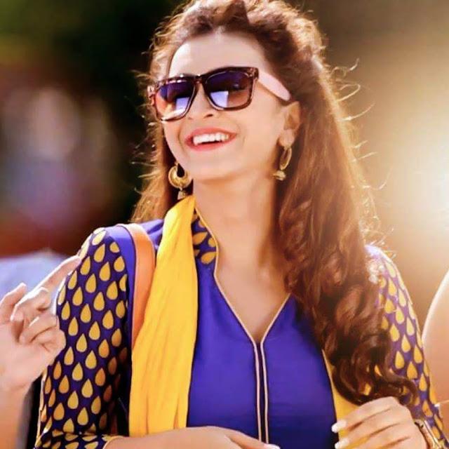 Koushani Mukherjee Pik
