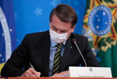 Bolsonaro edita medida que suspende atendimento de acesso à informação