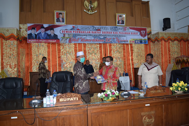 Pemkab bersama DPRD Pasbar Menyepakati Nota Keuangan RPAPBD Anggaran 2021