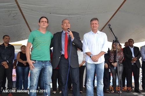 Aldeias Altas comemora 54 anos e Prefeitura entrega obras e veículo para saúde em solenidade cívica