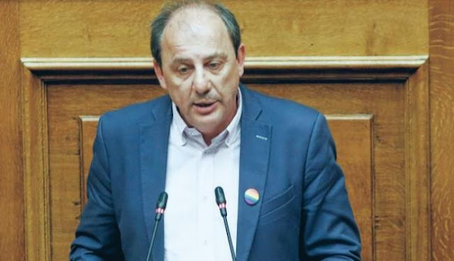 Ο ανεκδιήγητος Καραγιαννίδης επιμένει στα περί «μοιρασιάς» στο Αιγαίο!