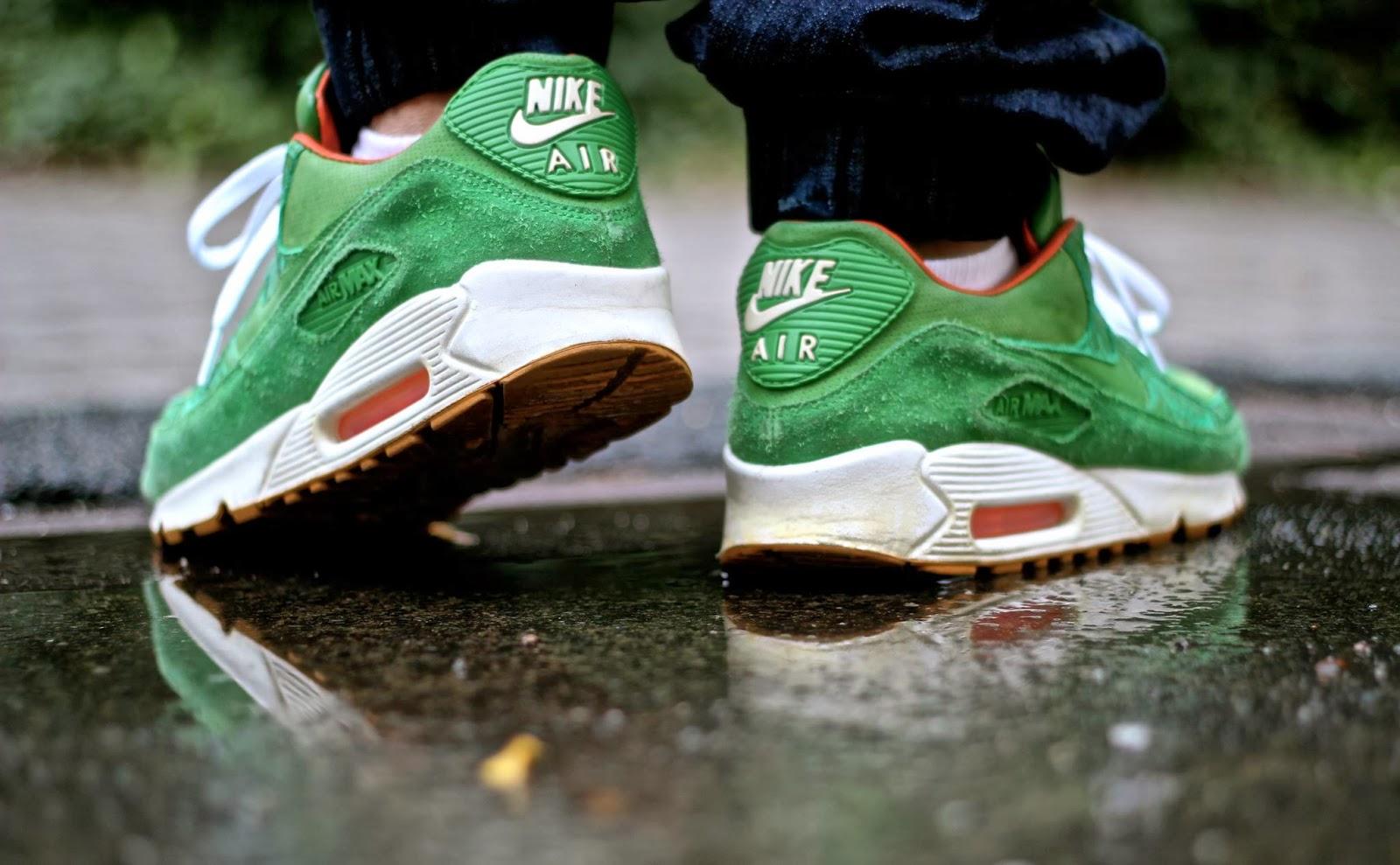 da464609f44c Cette sneakers est aujourd'hui prisé par grand nombres de sneakers addict,  celle-ci est estimé entre 500 et 600 euros.