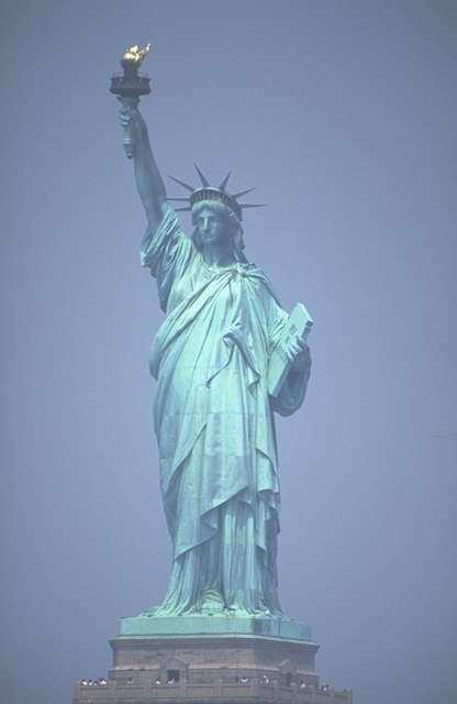 Estátua da Liberdade. #PraCegoVer