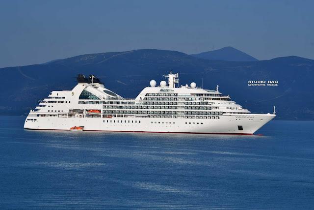 Στο Ναύπλιο το κρουαζιερόπλοιο Seabourn Odyssey (βίντεο)