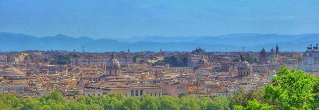 Vistas desde lo alto del Monte Gianicolo en Roma