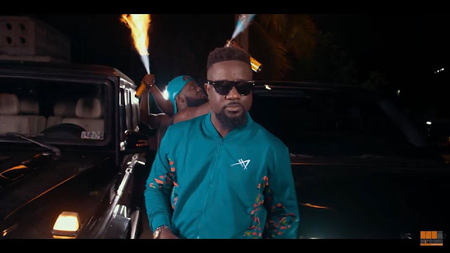 (Video) Sarkodie – Oofeetsɔ (Skin Pain) ft. Prince Bright (Buk Bak) (Mp4 Download)