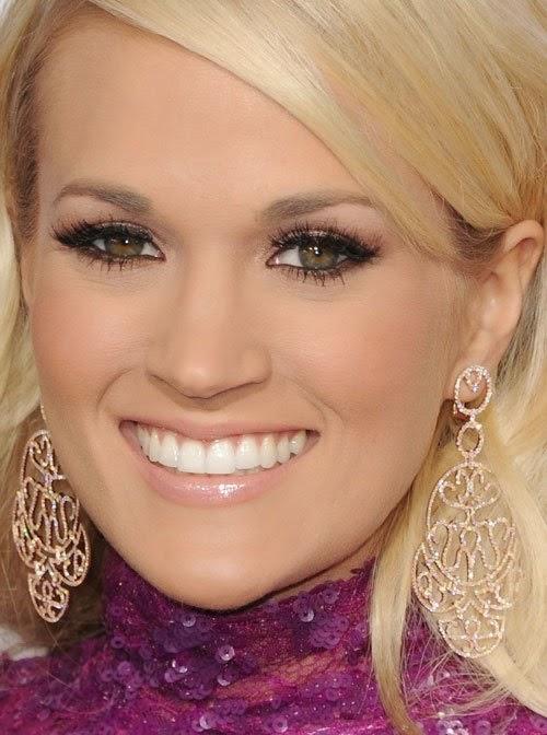 Carrie underwood eye color