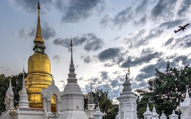 Kiat Menjadi Wisatawan yang Cermat & Cerdas, dari Private Tour Guide Riana di Bangkok, Thailand