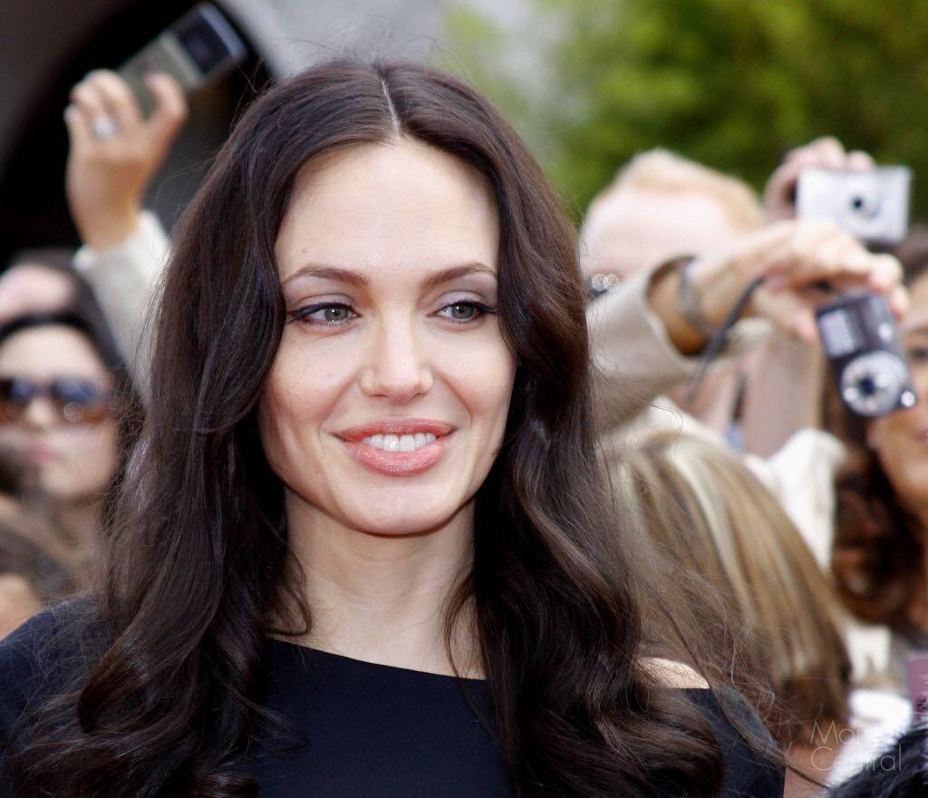 Angelina Jolie Pics | Angelina Jolie Images