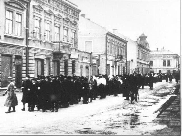 Jewish residents being marched to camps in Poland, 9 March 1942 worldwartwo.filminspector.com