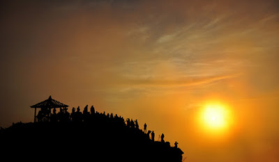 Bukit Sikunir Nikmati Indahnya Golden Sunrise - Info Wisata Dieng