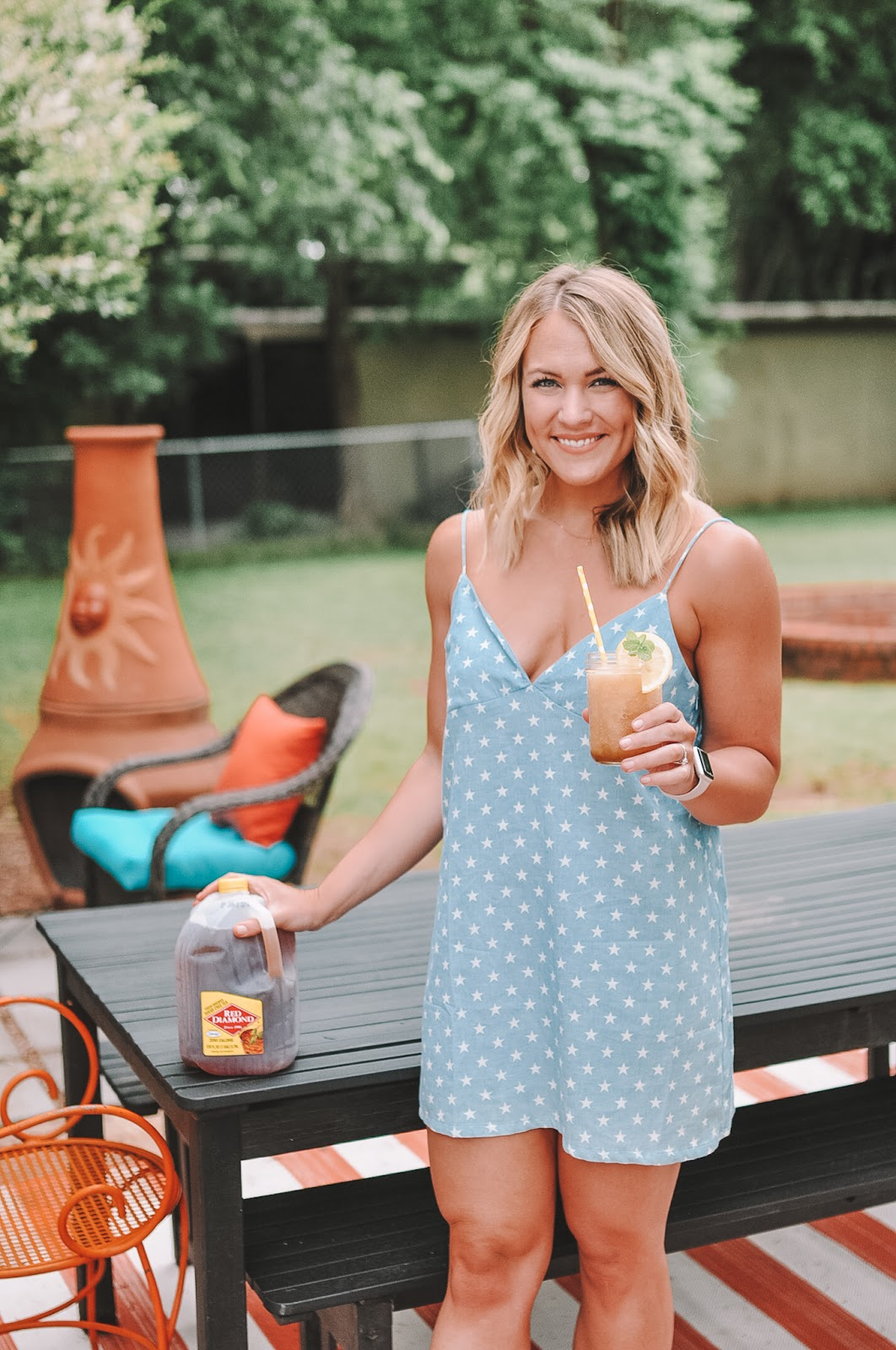 Amanda Martin makes an amazing Adult Arnold Palmer Slush for Memorial Day Weekend using Red Diamond Iced Tea