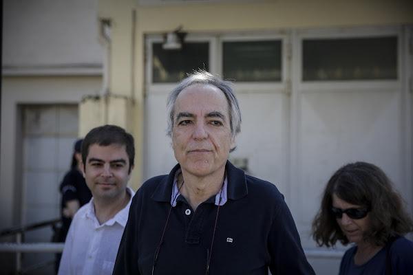 Ο Δημήτρης Κουφοντίνας σταματάει την απεργία πείνας