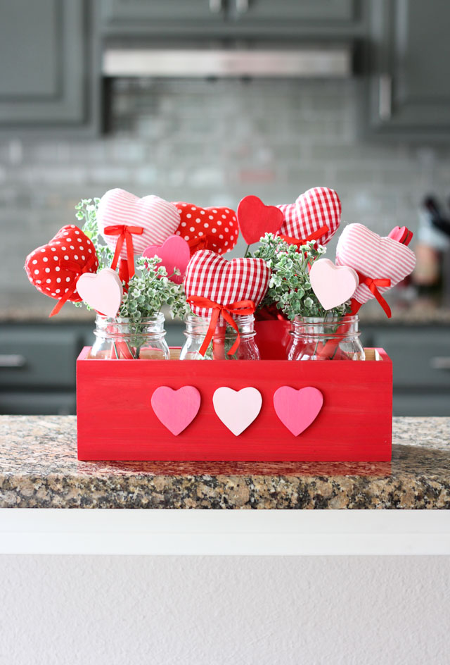 Skip the flowers and make this heart bouquet for your Valentine instead!