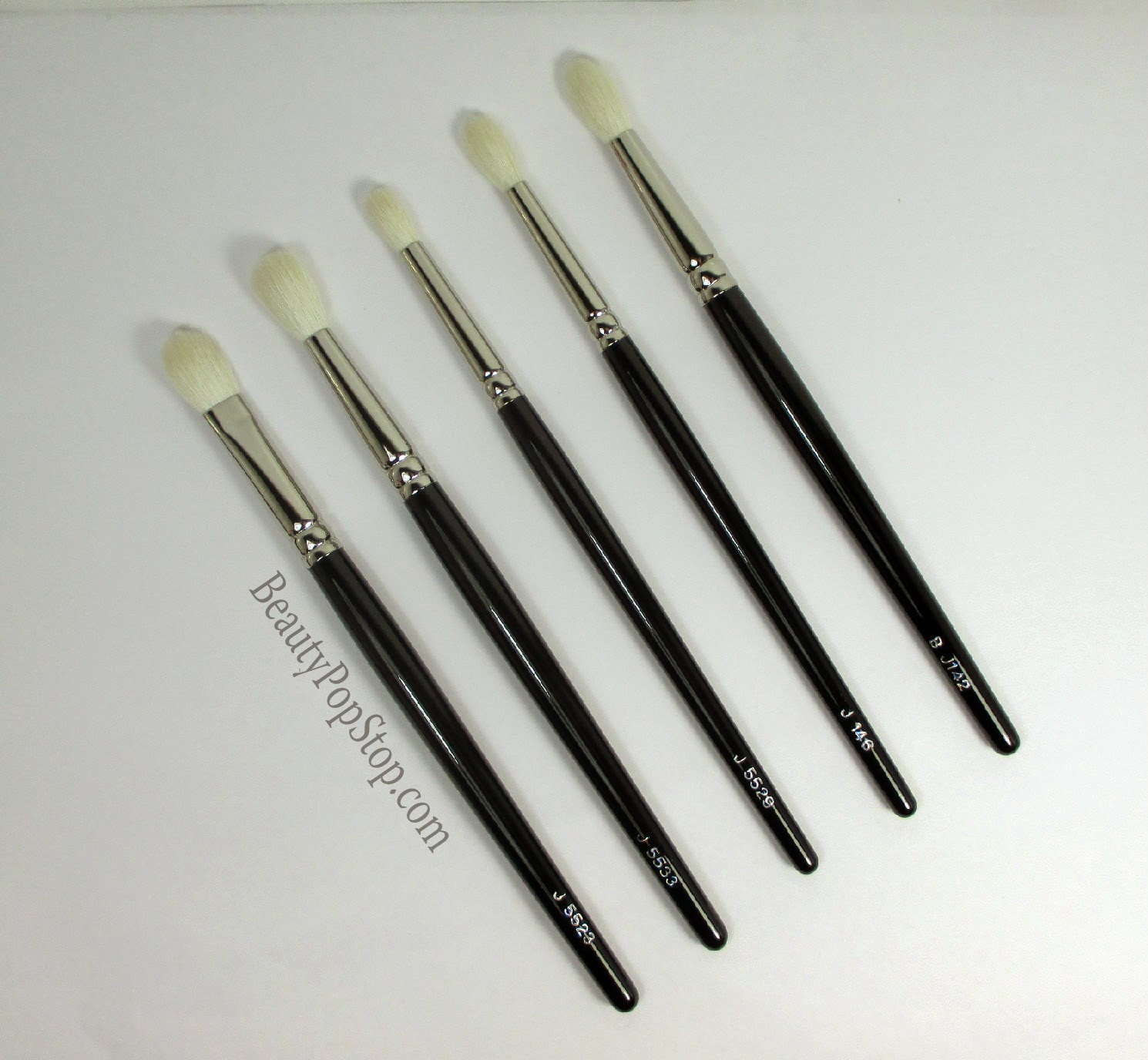 hakuhodo japanese makeup brush review J5523, j5533, j142, j146, j5529