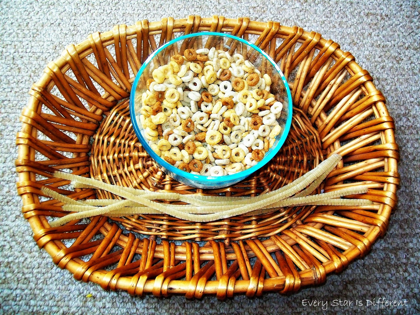Cheerios Bird Feeder Activity for Kids