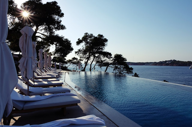 cutand-dry.blogspot four seasons astir hotel athens greece