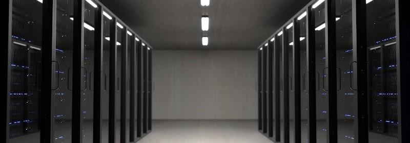 Perbedaan Cloud Hosting dan VPS (Virtual Private Server)