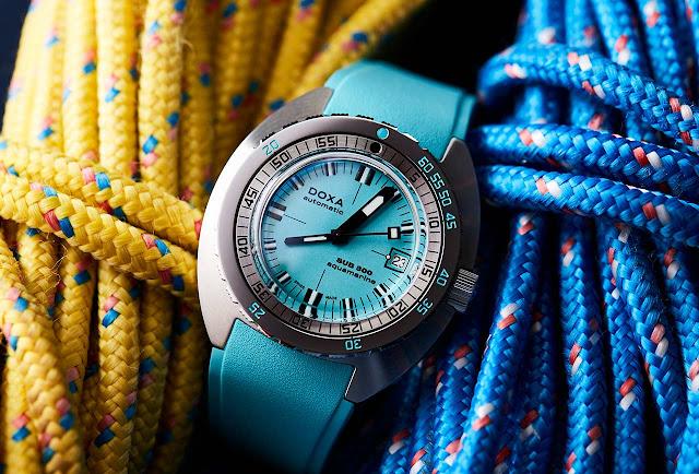 DOXA SUB 300 COSC Turquoise Aquamarine