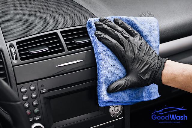 limpieza reparacion plásticos y gomas vehículo