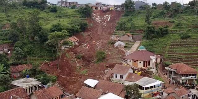 20 Warga Desa Ngetos Di Nganjuk Hilang Akibat Tanah Longsor