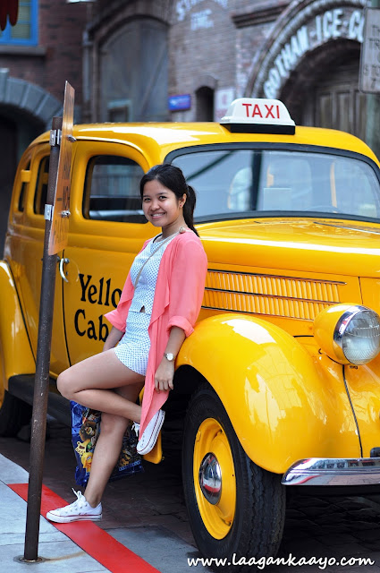 Big Yellow Taxi at Universal Studios Singapore