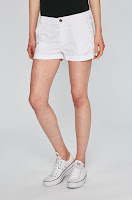 pantaloni-scurti-dama-pepe-jeans-5