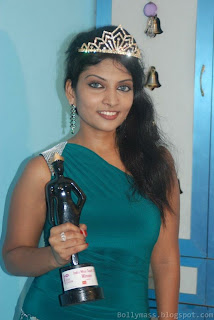 WWW.BOLLYM.BLOGSPOT.COM Newly Crowned Vivel India Miss South 2011 Rohini Subbaian Picture Stills Gallery 0015.jpg