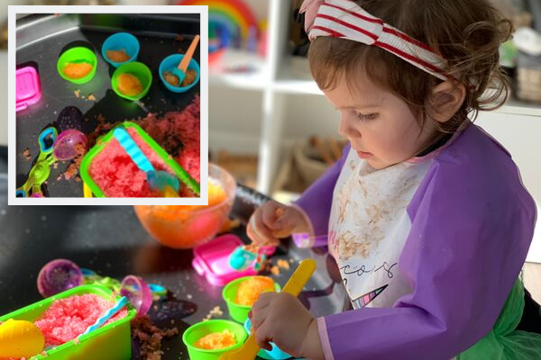 jelly and ice cream sensory tuff tray