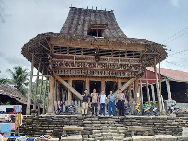 Desa Hilinawalo Mazino