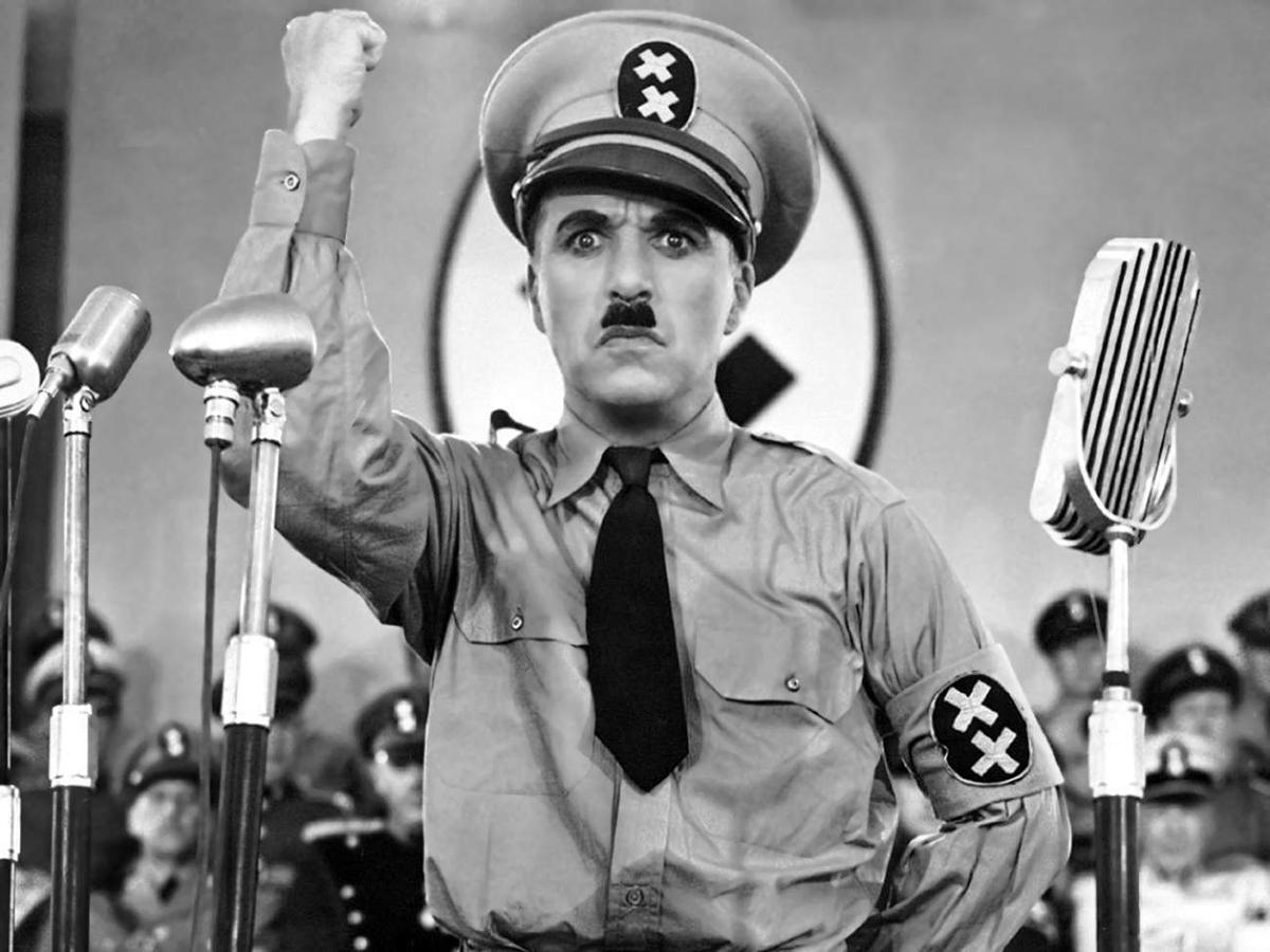Charlie Cpalin jadi Adolf Hitler yang kejam