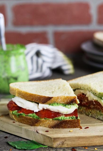 Roasted Red Pepper & Vegan Mozzarella Sandwich
