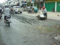 Masih Banyak Jalan Berlubang, Dinas PU Harus Prioritas Perbaiki Jalan Rusak