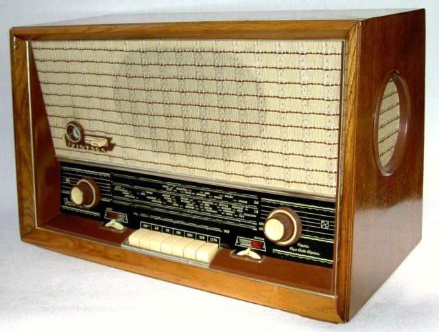 """Радио """"Дзинтарс"""" / Radio """"Dzintars"""""""