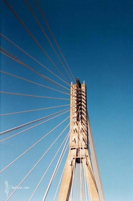 most świętokrzyski, warszawa, pylon