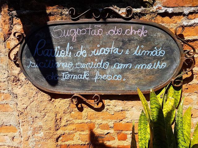 Empório São Pedro, Embu das Artes.