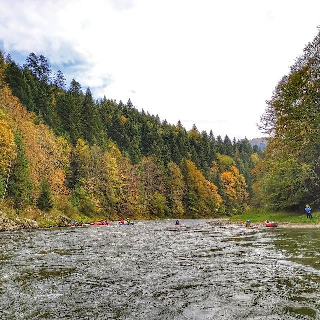 spływ kajakiem przez przełom Dunajca