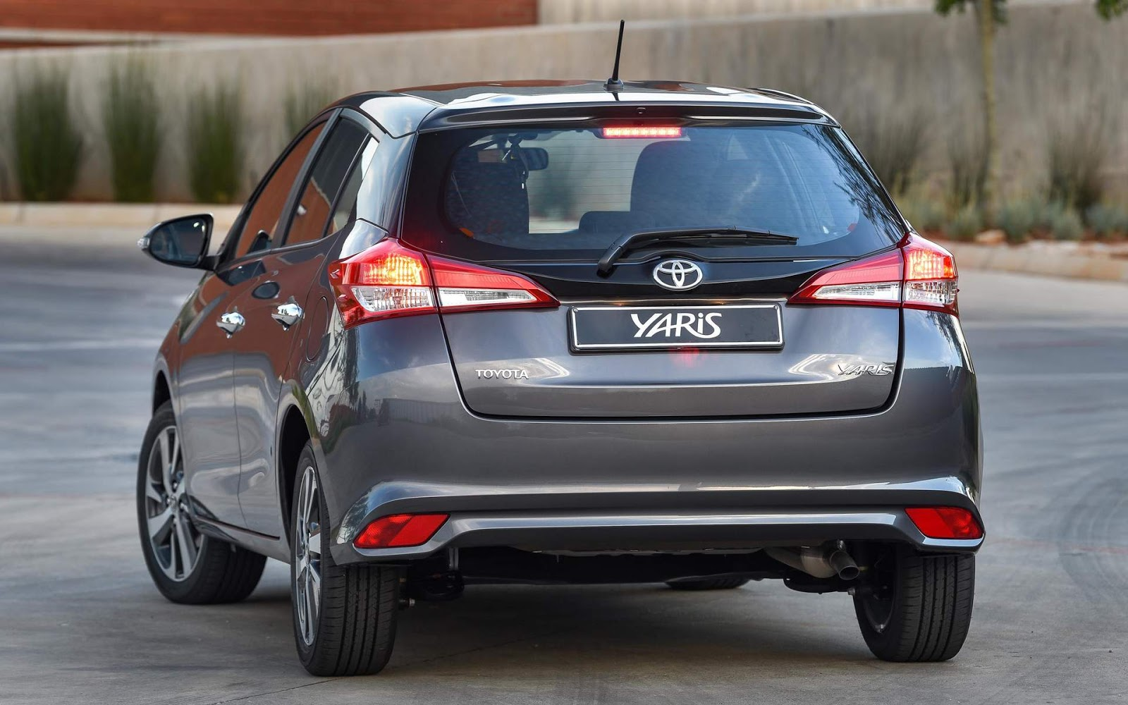 toyota yaris hatch 2018 chega ao m xico por r car blog br. Black Bedroom Furniture Sets. Home Design Ideas