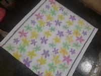 produk unggulan kain tenun endek motif sakura warna putih