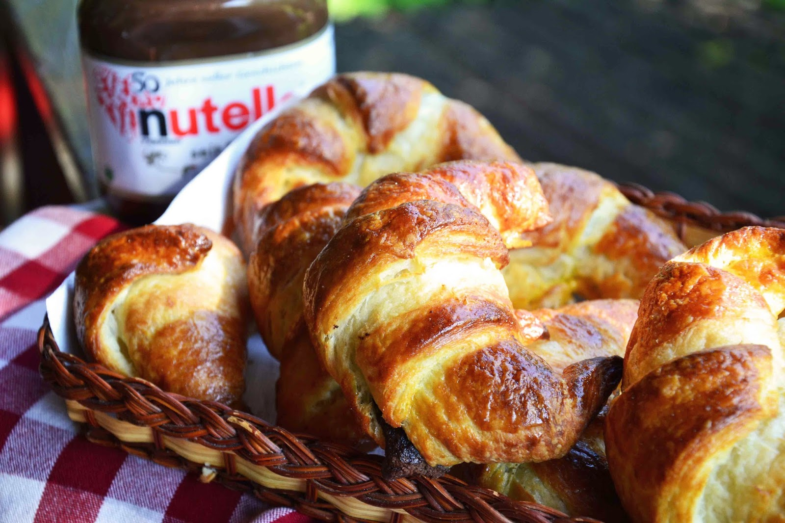 The Eccentric Cook Nutella Filled Croissants