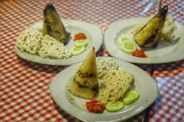 Nasi Mamong;10 Top Kuliner Bondowoso