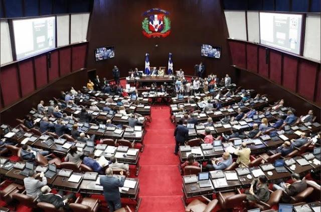 Diputados aprueban en segunda lectura el 30% de las AFP para trabajadores