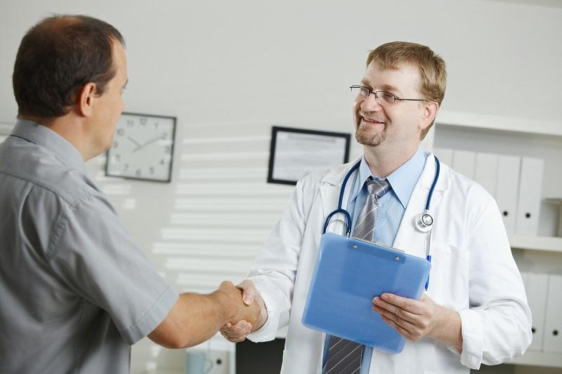 متابعة طبيب الجلدية