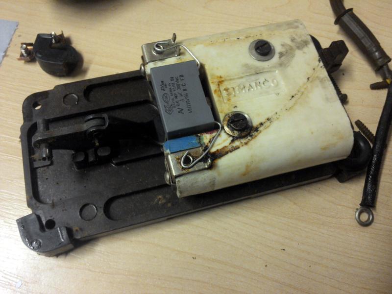 The keyword geek fixing a vintage singer sewing machine for Singer sewing machine motor controller