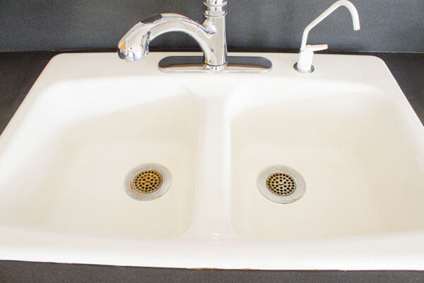 How to clean an enameled cast iron kitchen sink the inspired hive how to clean a white porcelain enameled cast iron farmhouse kitchen sink without chemicals workwithnaturefo