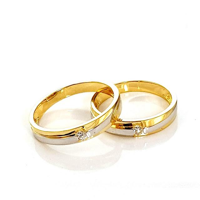 Nên mua nhẫn cưới vàng 14K hay 18K