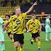 Com dois de Haaland, Dortmund bate Gladbach no duelo dos Borussias e é o único mandante a vencer no sábado
