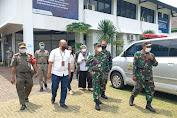 Dandim 0505/JT Bersama Staf Ahli Pangdam Jaya Pantau Giat Serbuan Vaksinasi di Balai Pustaka Matraman