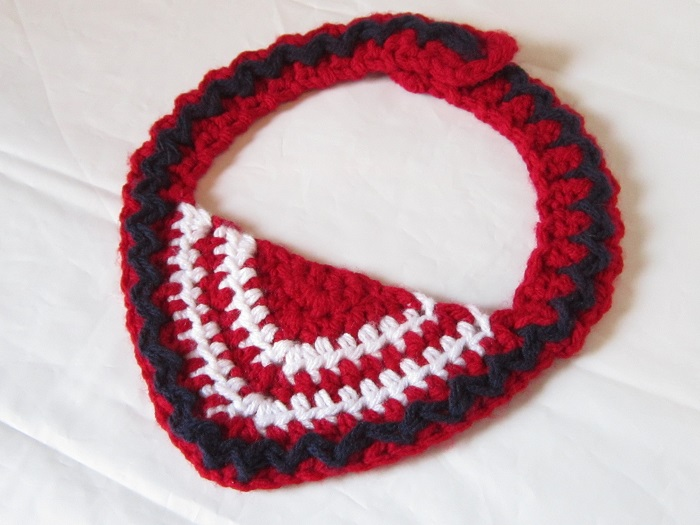 crochet, free pattern, baby bib, western wear, gauge example