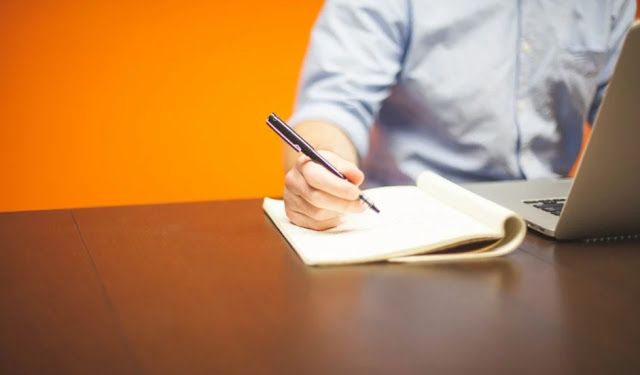peluang usaha rumahan menjadi agen freelance